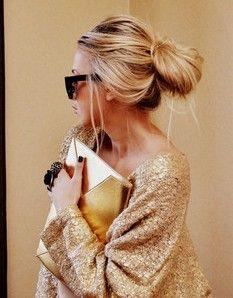 : Hair Colors, Loose Bun, Messy Hair, Ashley Olsen, Olsen Twins Hairstyles, Hair Beauty, Golden Girl, Messy Buns, Hair Style