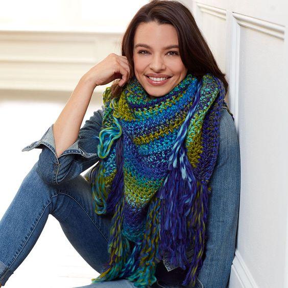 Jumbo Plastic Crochet Hook by Loops & Threads