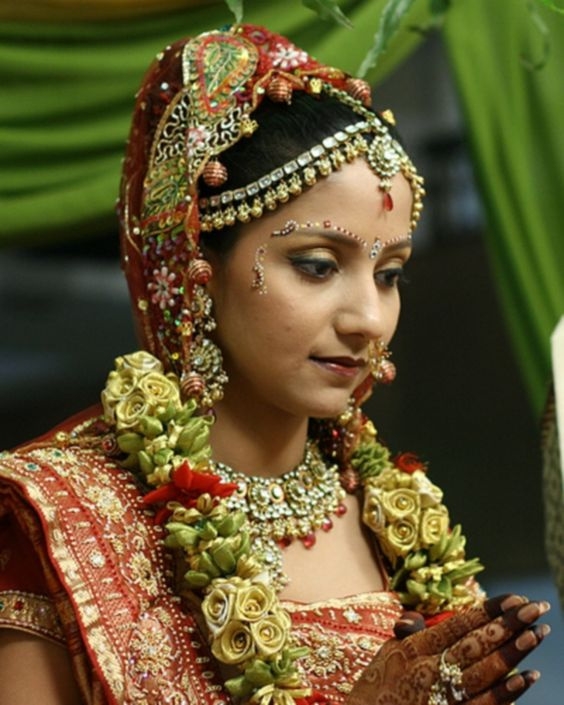 Wedding Kondai Hairstyle: South Indian Bridal Head Pieces
