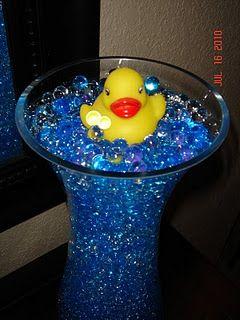 Bathrooms decor ducks and rubber duck on pinterest for Bathroom duck decor