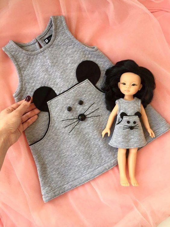 Kleid mit Maustaschen