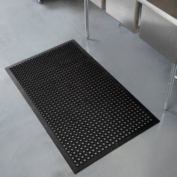 Notrax 755 100 T30 Competitor 3 X 5 Black Anti Fatigue Rubber Floor Mat With Bevel Edge 1 2 Thick Rubber Flooring Rubber Floor Mats Beveled Edge