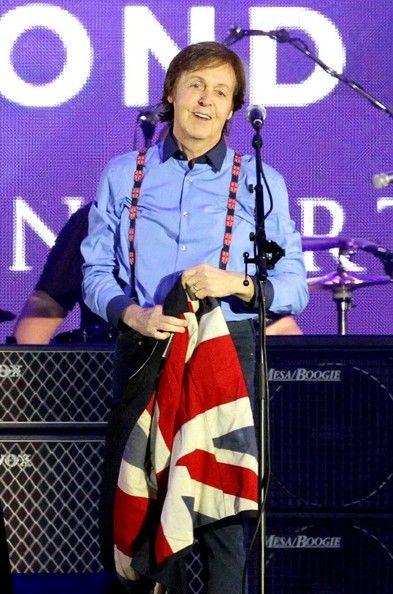 aww, Paul, that smile & suspenders - at Jubilee Concert