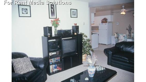 Evergreen Village Apartments Apartments For Rent In Milwaukee Wisconsin Apartment Rental And Community Details Forrent Com Apartment Communities
