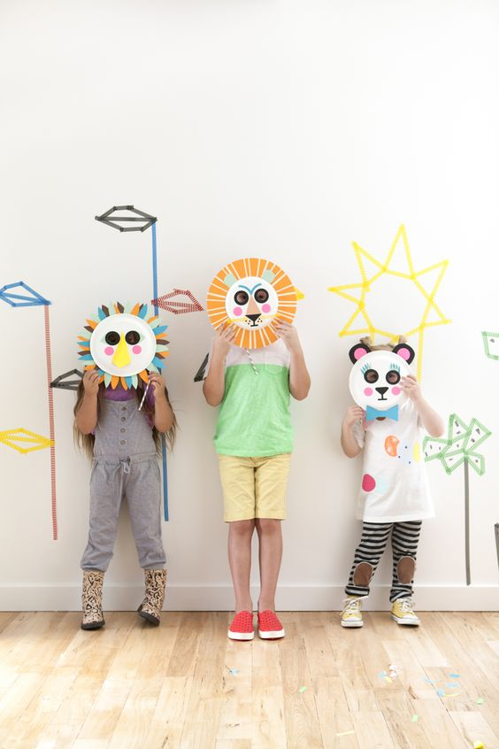#DIY Playful #Paper Plate Masks: