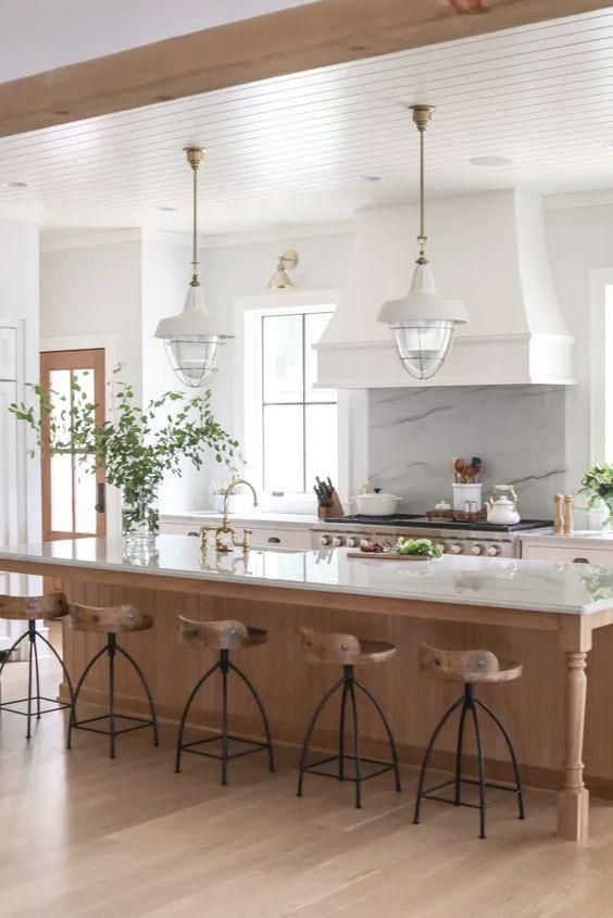 Light woods and whites - lake house coastal decor in the kitchen - Park and Oak #kitchenremodel #kitchendesign #kitchenideas