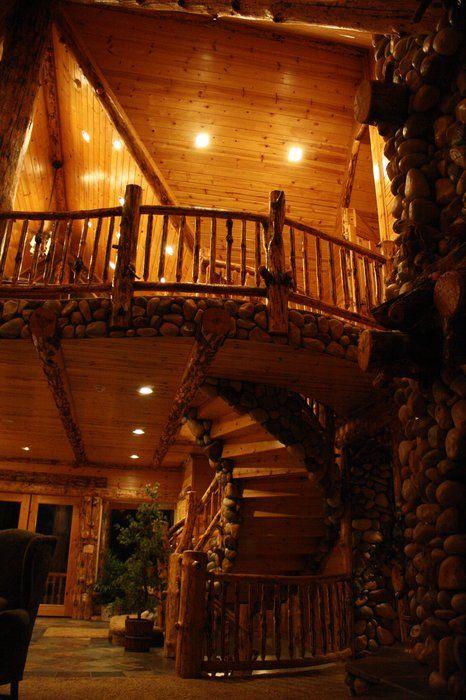 Cool Cabin Spiral Staircase Big Bear Lake California