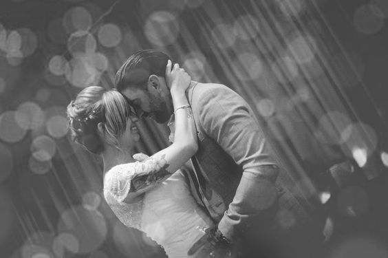 Danny & Ashleigh, Cleethorpes Town Hall.  Wedding Photography by Snapz Photography.