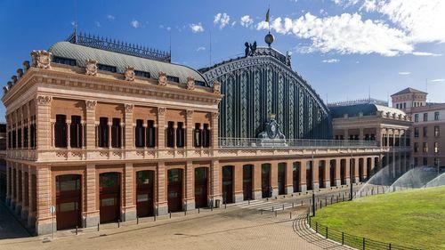 Las Estaciones De Tren Mas Bonitas De Espana Viajar En Tren