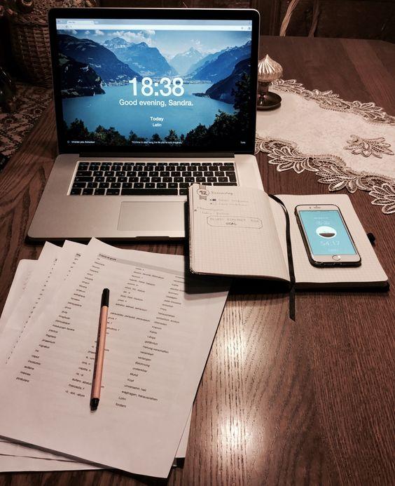 Англи хэл бие даан сурах YOUTUBE сувгууд Pinterest : Andreadinj