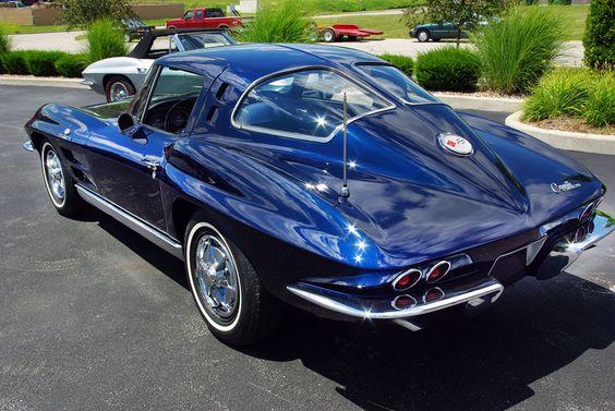 1963-Chevrolet-Corvette - what a beautiful body