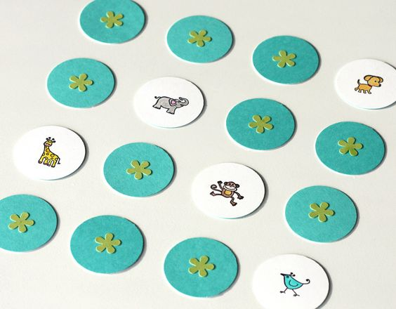 Test your memory with this cute animal memory game idea! Fun for a long road trip :) #DIY #cre8simple