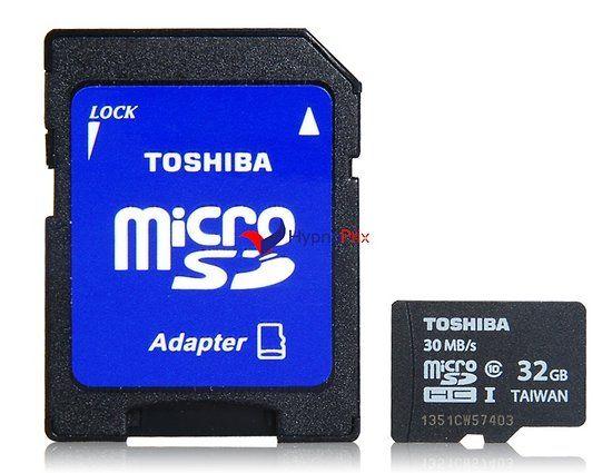 Carte micro SD avec adaptateur SD Toshiba haute vitesse de 32Go CLASS10 (Noir)