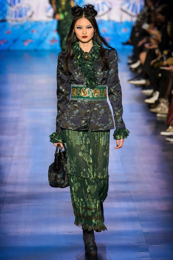 Anna Sui Fall 2017 Ready-to-Wear Collection - Vogue