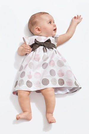 L'importanza dei tessuti nell'abbigliamento dei neonati