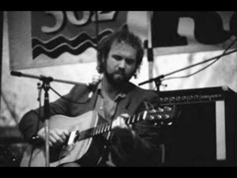 John Martyn - Live Solo - Teatro Antoniano, Bologna, Italy 18-5-1977 - YouTube