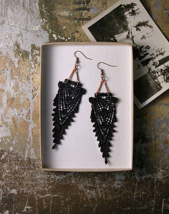 black lace earrings // HIPPOLYTA  // art deco earrings / geometric / gatsby / boho chic,  long earrings, lace jewelry, victorian