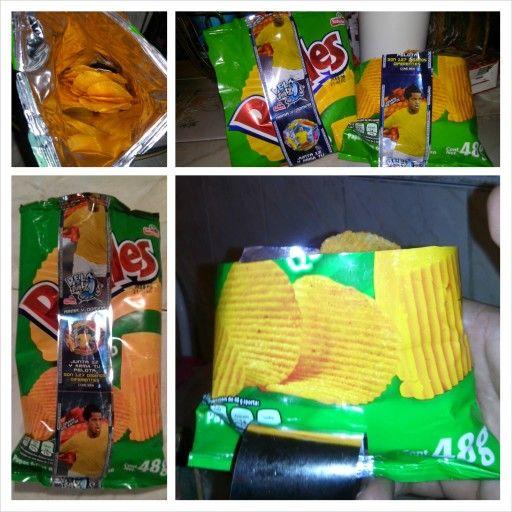 Es una gran burla y un gran desperdicio lo que hace #Sabritas #Ruffles Ruffles MX #Pepsico ¿para qué gastar tanta bolsa si son tan pocas papas?... Creo que están mal... O ¿yo estoy mal?