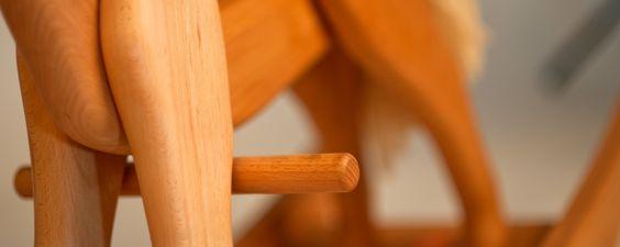 Fragen Sie sich nach den aktuellen Tests von Stiftung Warentest auch, ob unser Holzspielzeug gefährlich ist? Weiteres in unserem Blog Beitrag.