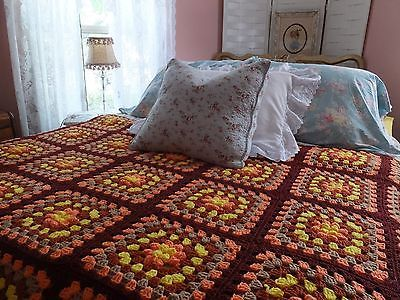 VINTAGE-HANDMADE-CROCHETED-HAND-CROCHET-FALL-AUTUMN-GRANNY-SQUARE-AFGHAN-BLANKET