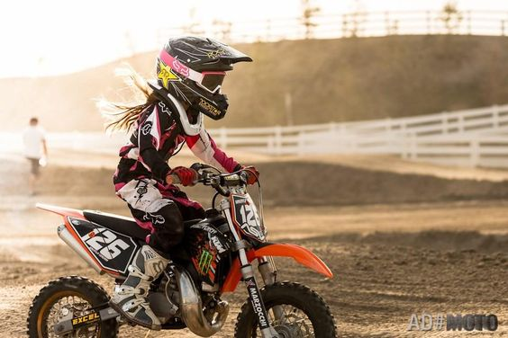 This shall be my daughter when I get older! She's gonna grow up to love motocross as much as I love motocross! Gonna teach her that dirt don't hurt! ☺❤