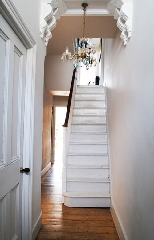 cassandra ellis & ed prichard, ok maybe my husband has a point about painting the hallway white!