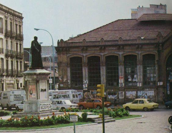 Plaza del 16 de agosto. Años 80 aprox.