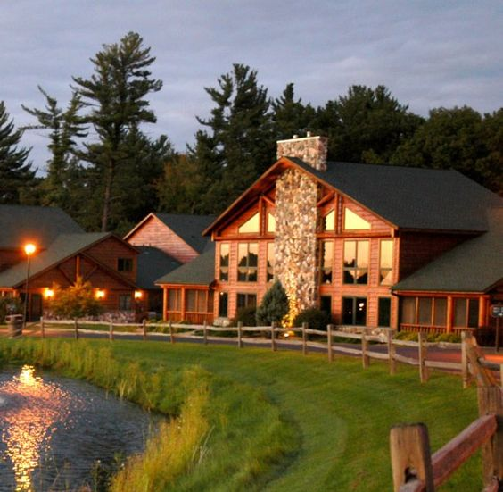 Best family vacations resorts and places on pinterest for Dells wilderness cabin
