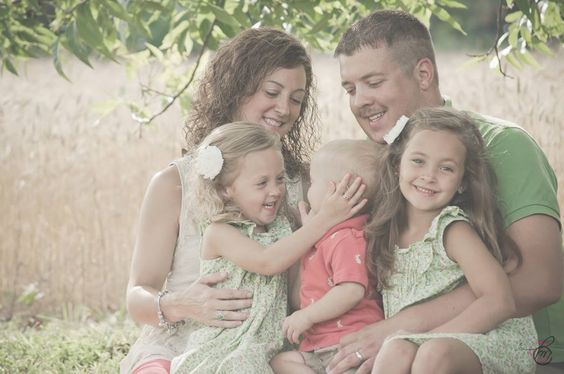 #family #love #kisses #country #virginia   Christine Mosby Photography  WWW.CLMOSBYPHOTOGRAPHY.COM  https://www.facebook.com/#!/pages/Christine-L-Mosby-Photography/136810419690766