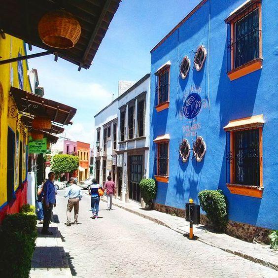 """silviaconsuelov: """"Por las calles de Tequisquiapan Querétaro México  #Tequisquiapan #Querétaro #México #IgersQro #igersedomex #igeriztapalapa #loves_mexico #loves_planet"""""""