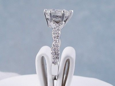 1.31 CARAT CT TW PEAR SHAPE DIAMOND ENGAGEMENT RING H SI2