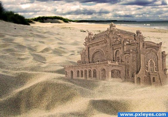 I mean, don't all sand castles look this awesome?  LOL  NOT!