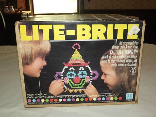 VINTAGE OLD TOY 1981 HASBRO  LITE BRITE GAME. I loved it until the pieces kept spilling such a *#?$% to pick up.