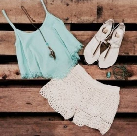 shorts top summer outfit 2014 spring white shorts turquoise top lace pattern shoes sandals necklace festive.