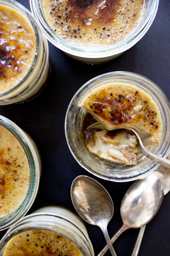 This Pumpkin Vegan Crème Brûlée is absolutely perfect for fall! It's also a paleo friendly recipe and super easy to make: