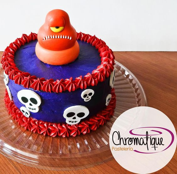 Hotel Transylvania 2 cake (Torta de Hotel Transylvania 2) https://www.facebook.com/ChromatiquePasteleria