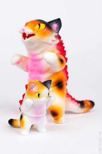Max Toy Kaiju Negora & Konatsu Mini Negora (Calico version)