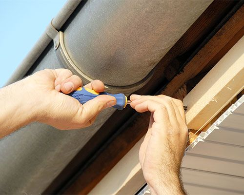 Gutter Replacements Gutter Repair Cleaning Gutters How To Install Gutters