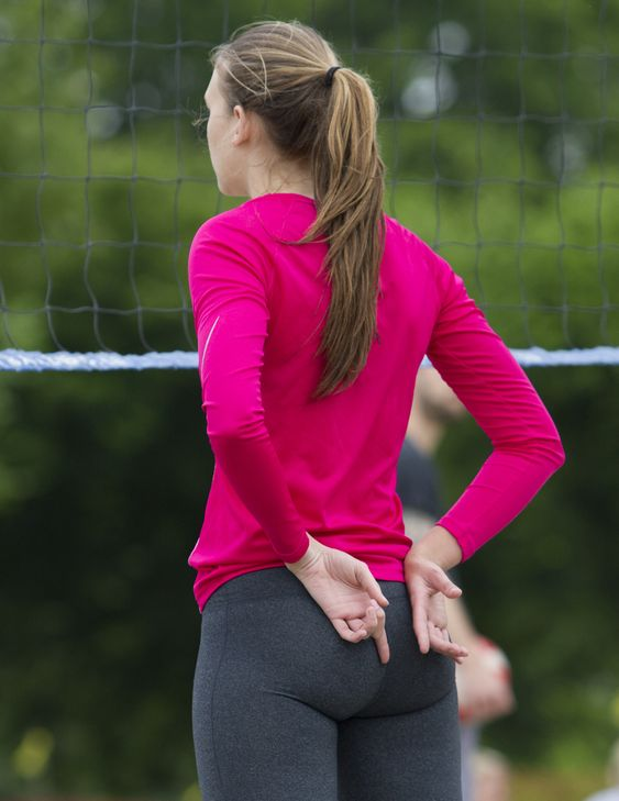 hot girls in leggings playing volleball