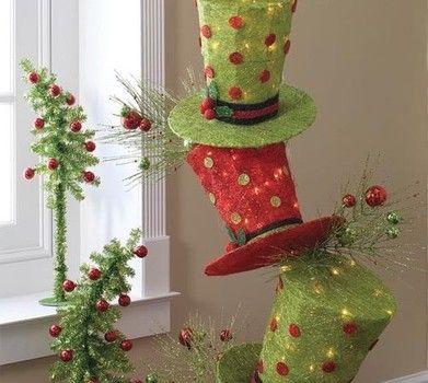 Peque os arboles de navidad con sombreros de copa papel - Arboles de navidad pequenos ...