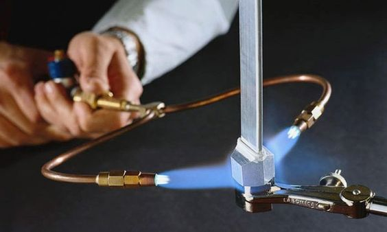 New brazing torch uses plain water as fuel | Hemmings Daily