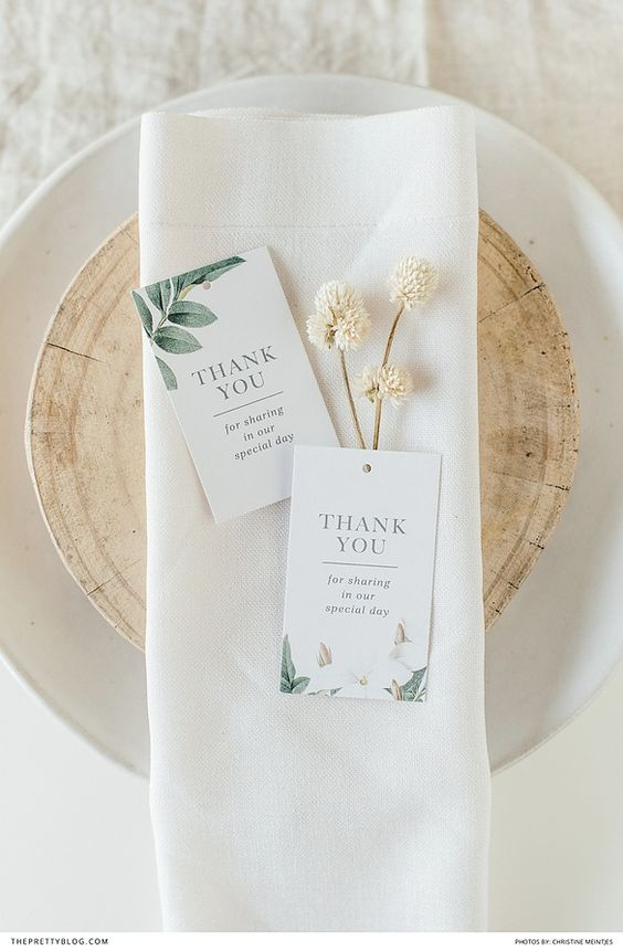 Printable thank you cards that are perfect for weddings |  Styling: AnnaH | Photography: Christine Meintjies |