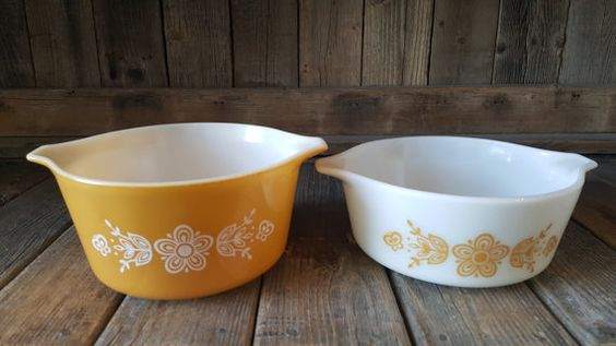 Vintage Pyrex Butterfly Gold Casserole Dishes by EasyAsPieVintage