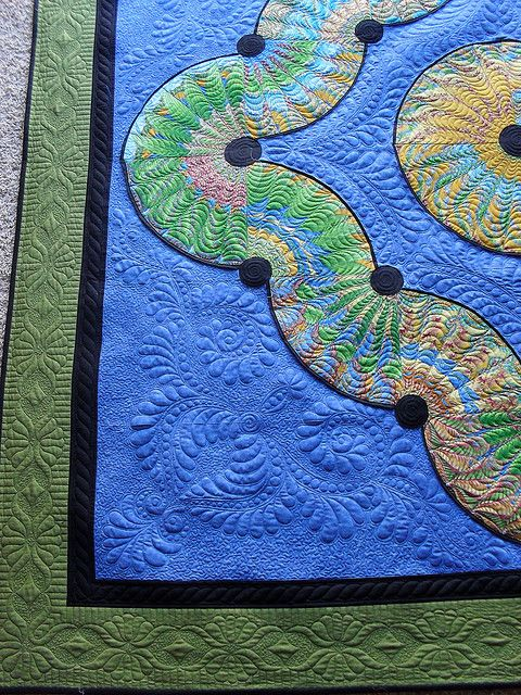 PIeced by Terri Hulse. Freehand Quilted by Jessica's Quilting Studio--Lovely