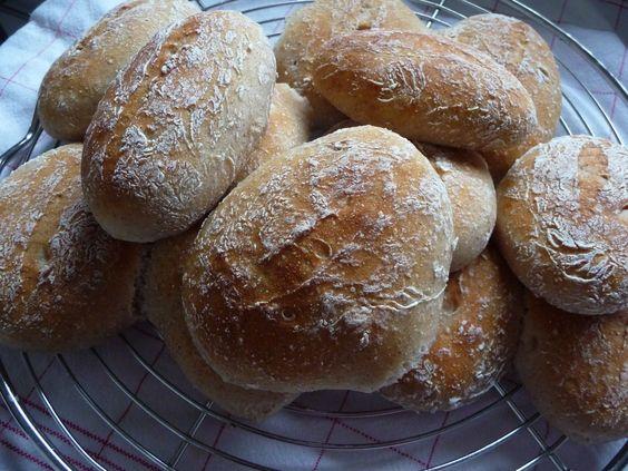 Brötchen mit kalt geführtem Hefeteig - Glutenfrei Backen und Kochen bei Zöliakie. Glutenfreie Rezepte, laktosefreie Rezepte, glutenfreies Brot