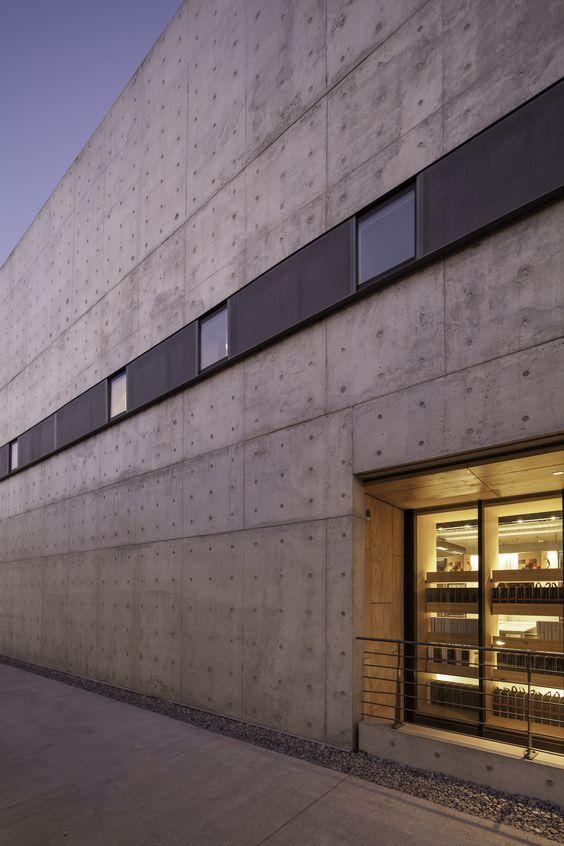 Gallery of Multicarpet Rollux Showroom / +arquitectos - 10