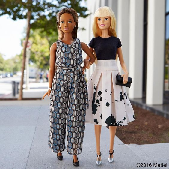 In sync and in style! Tag your most fashionable friend. ⤵️ #barbie #barbiestyle