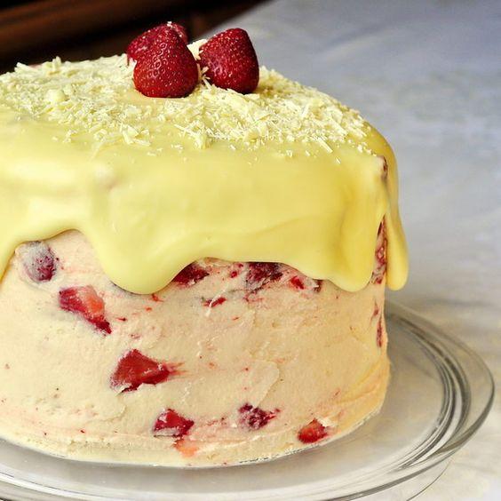 White Chocolate Buttercream Cake - a stunner of a celebration cake ...