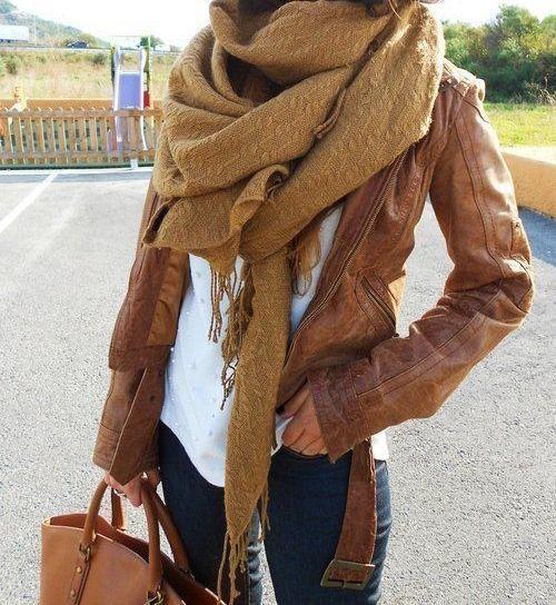 Minimalist Wardrobe Top Trends Lederjacke Damen Braun Damen Herbstmode Mode Outfits