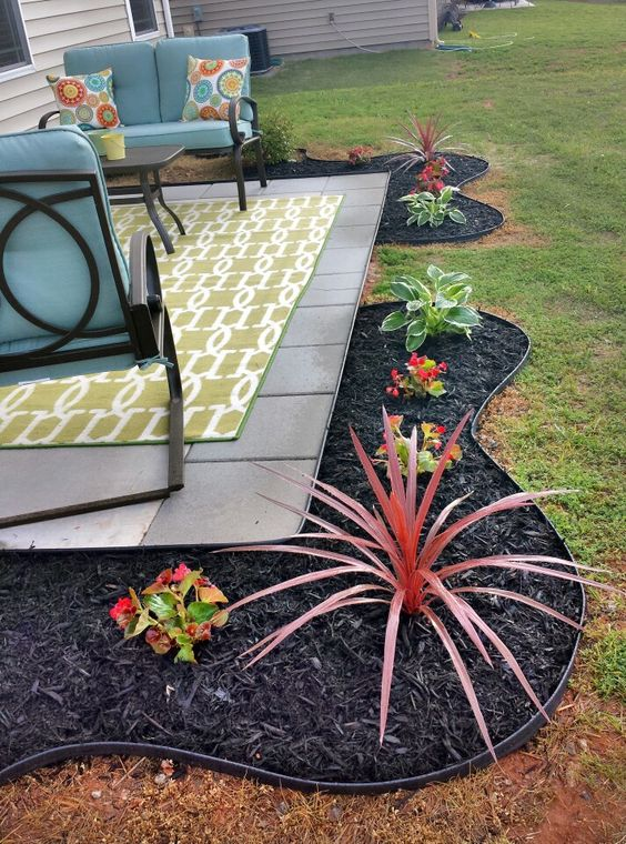 Black Mulch Backyard Ideas : patio rubber mulch black mulch black for the mulch landscaping mulches